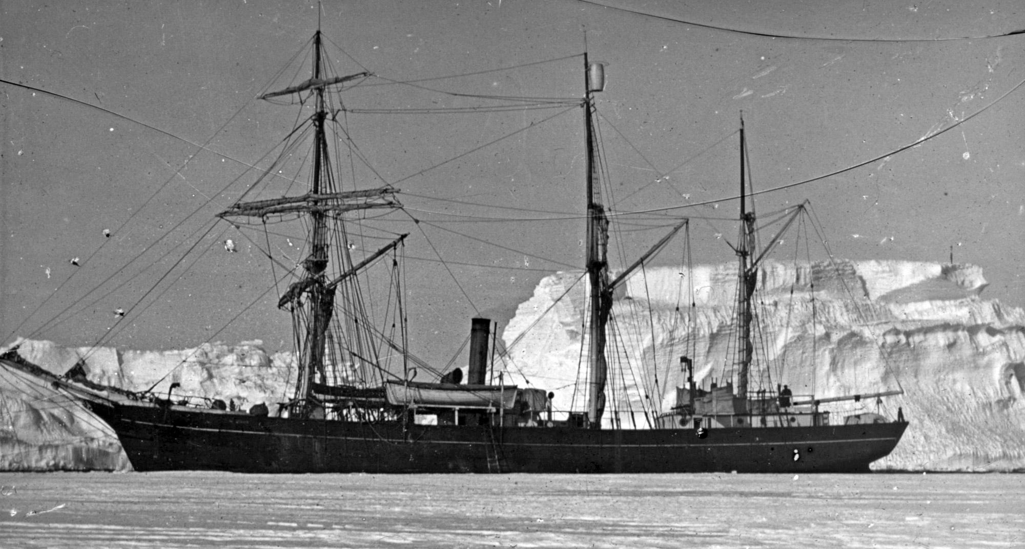 Old Explorer Ships