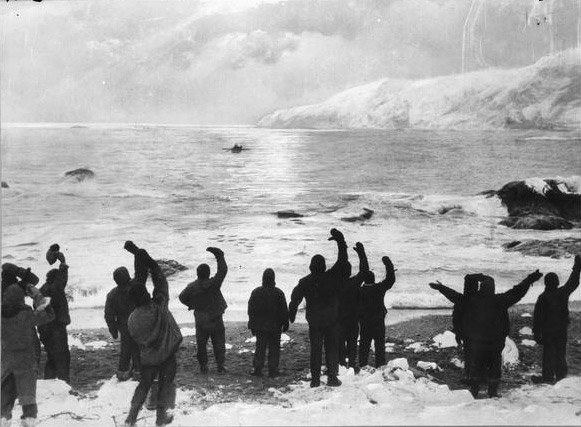 Ernest shackleton and the endurance expedition the voyage for Alexander isola