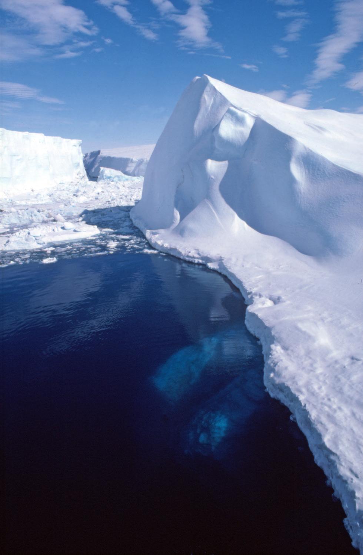 Icebergs - Polar regions fact file, Antarctica and the Arctic