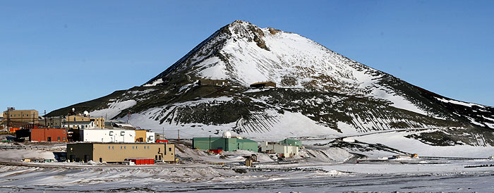 McMurdo_Station2.jpg