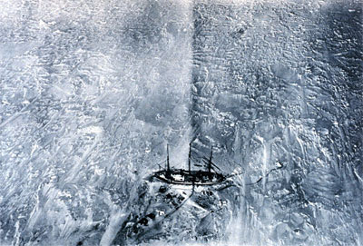 The Gauss in winter quarters as seen from a hydrogen balloon.